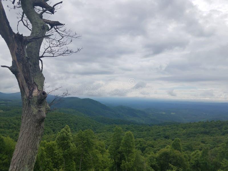 Montañas de Ridge azul fotos de archivo libres de regalías