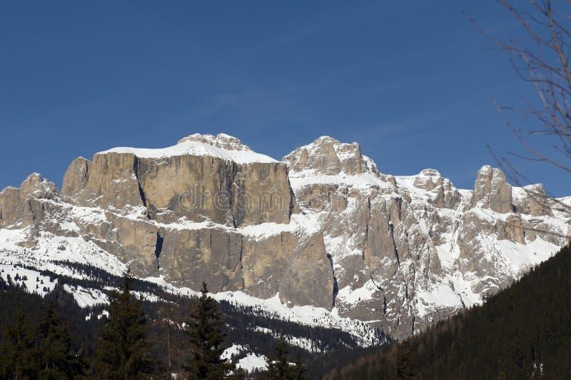 Montañas de Sella en Dolomiti italiano imagenes de archivo