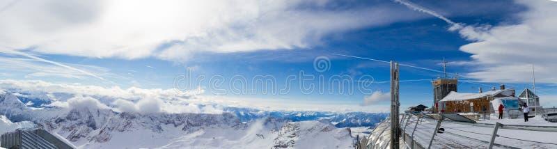 Montañas de Snowscape imágenes de archivo libres de regalías
