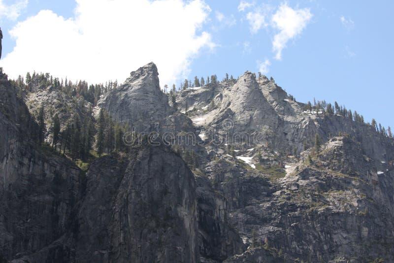 Montañas de Yosemite foto de archivo libre de regalías