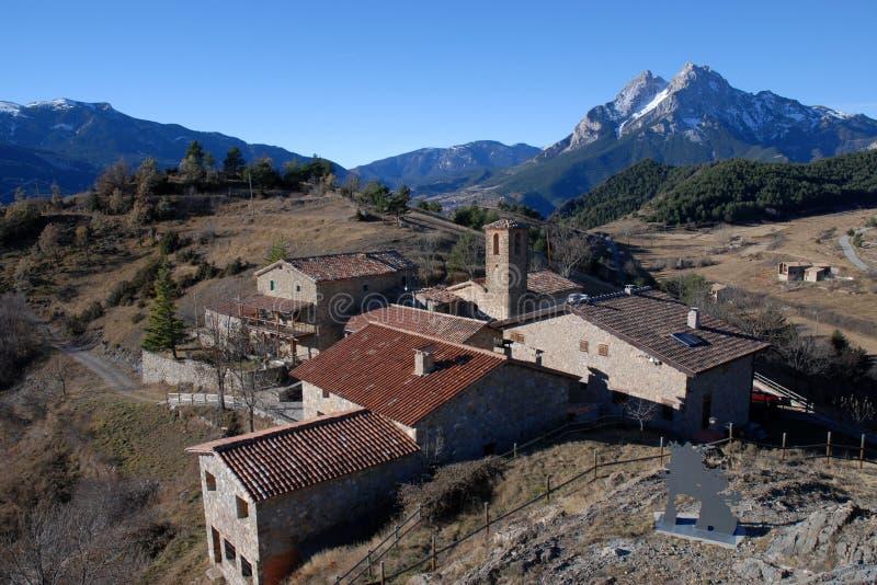 Montañas del área natural del interés nacional del macizo de Pedraforca imagen de archivo libre de regalías