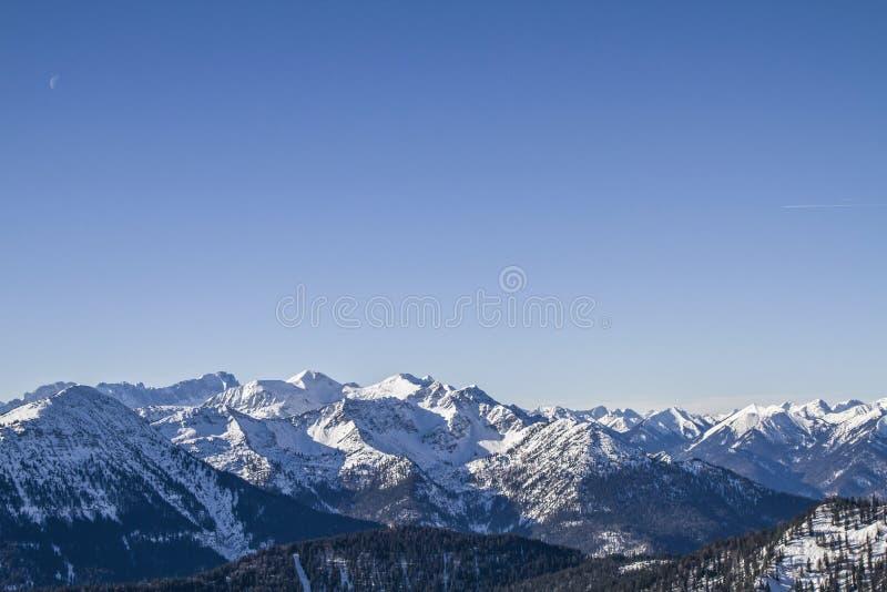 Montañas del éster en invierno fotografía de archivo libre de regalías