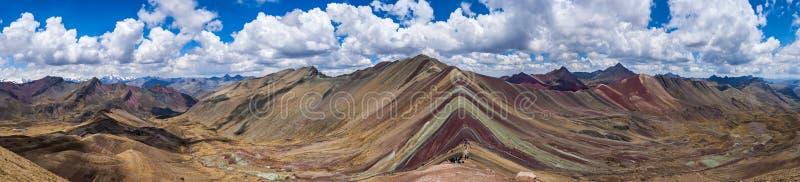 Montañas del arco iris, Perú imagen de archivo libre de regalías