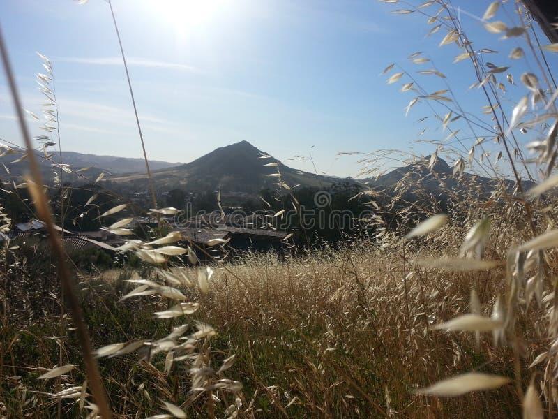 Montañas del brillo imagen de archivo libre de regalías