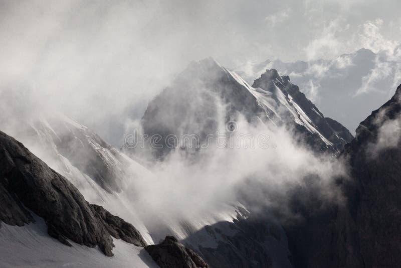 Montañas del ventilador foto de archivo libre de regalías