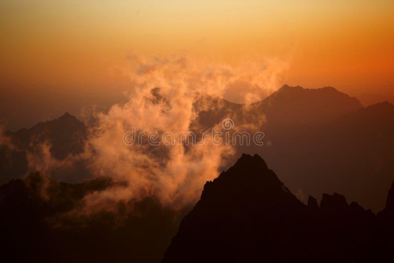 Montañas del ventilador fotos de archivo libres de regalías