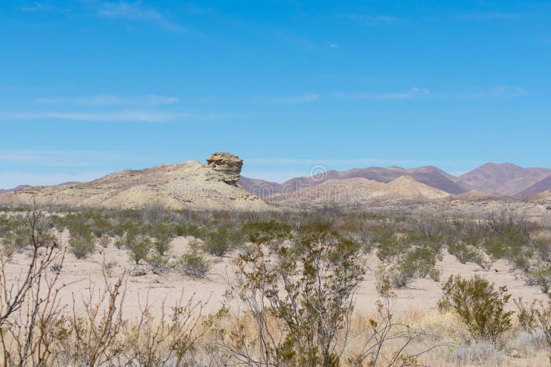 Montañas en el desierto foto de archivo libre de regalías