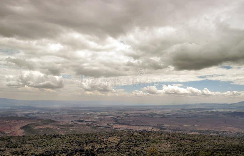 Download Montañas En Un Valle De Kenia Foto de archivo - Imagen de idílico, fondo: 42443024