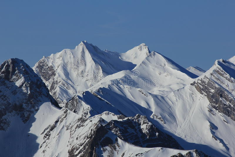 Montañas hermosas en Suiza central fotografía de archivo libre de regalías