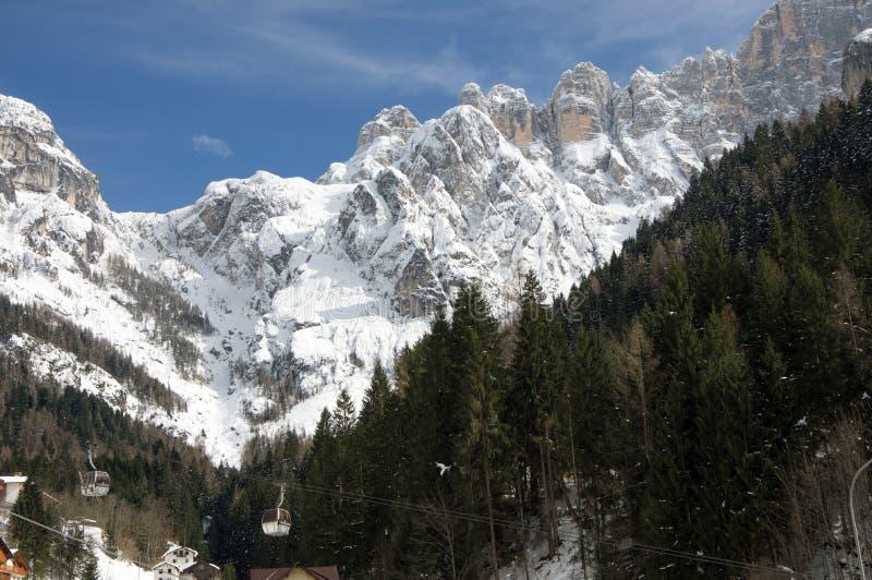 Montañas italianas imagenes de archivo