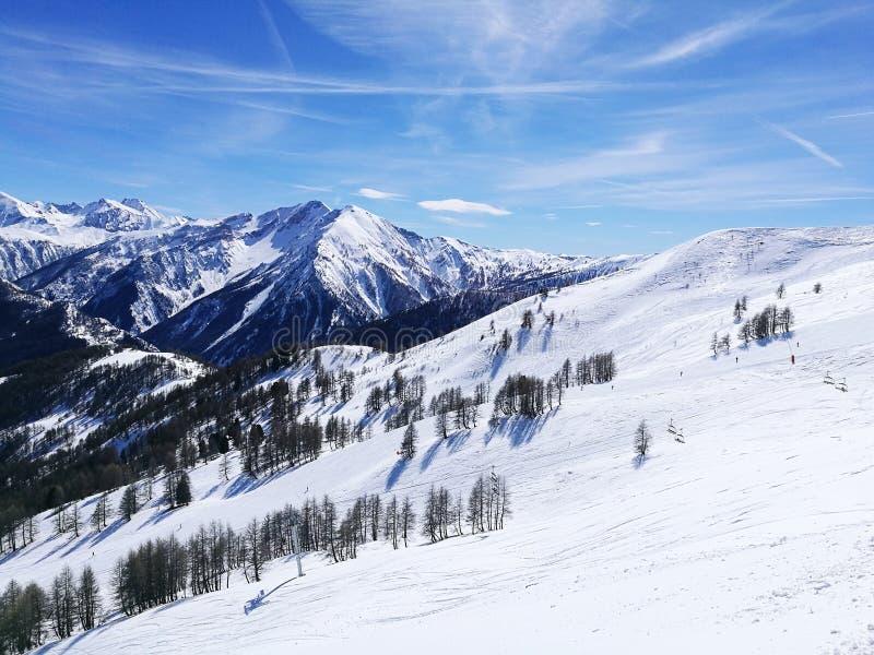 Montañas Nevado en Francia imagen de archivo