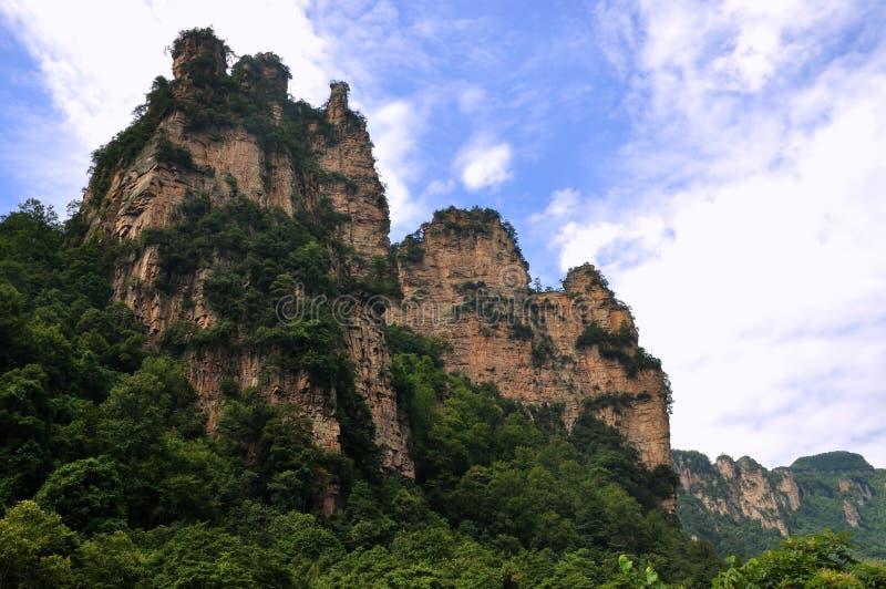 Montañas rocosas en Zhangjiajie, China foto de archivo
