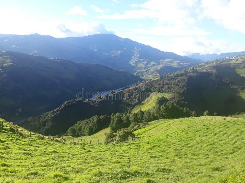 Montañas Sevilla de Oro en Ecuador foto de archivo libre de regalías
