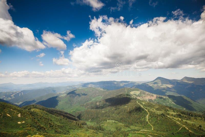 Montañas ucranianas fotografía de archivo libre de regalías