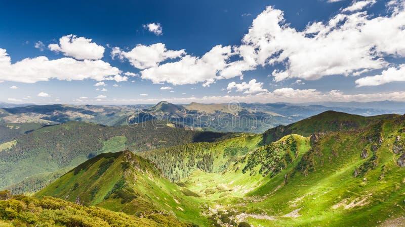Montañas ucranianas foto de archivo libre de regalías