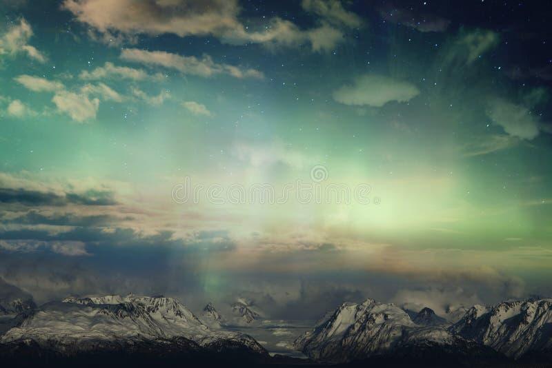 Montañas y luz imagen de archivo