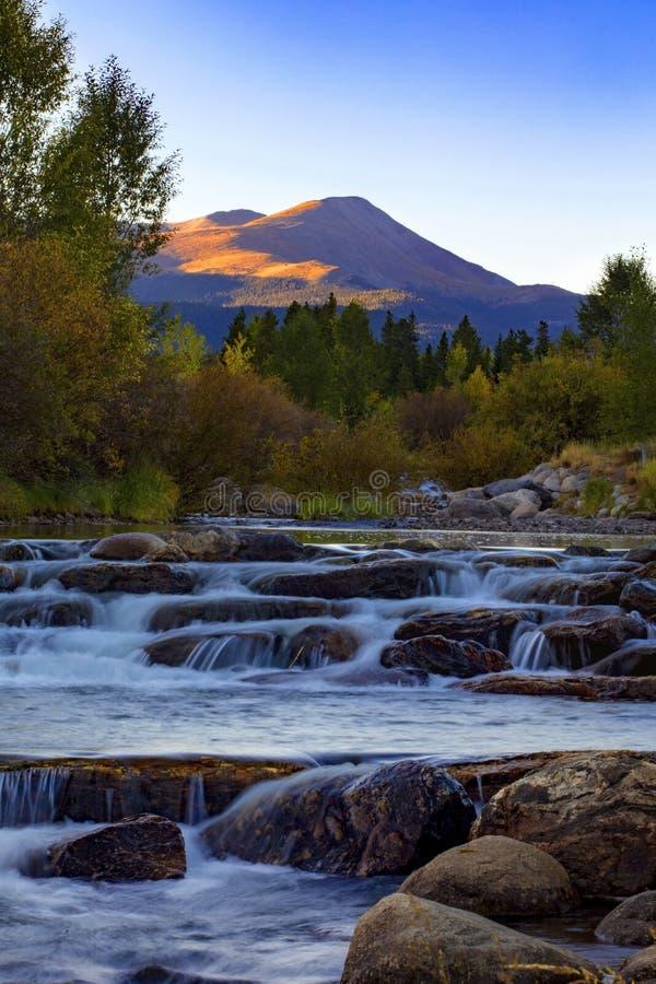 Montañas y río de Colorado imagen de archivo libre de regalías