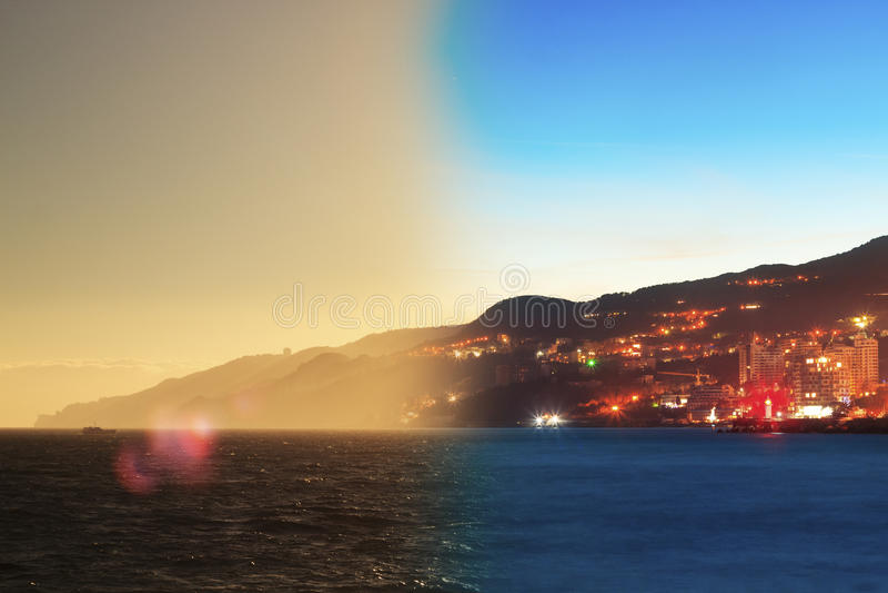 Montaż Yalta linii horyzontu noc dzień Crimea fotografia royalty free