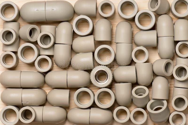 Montage voor plastic pijpen stock afbeelding