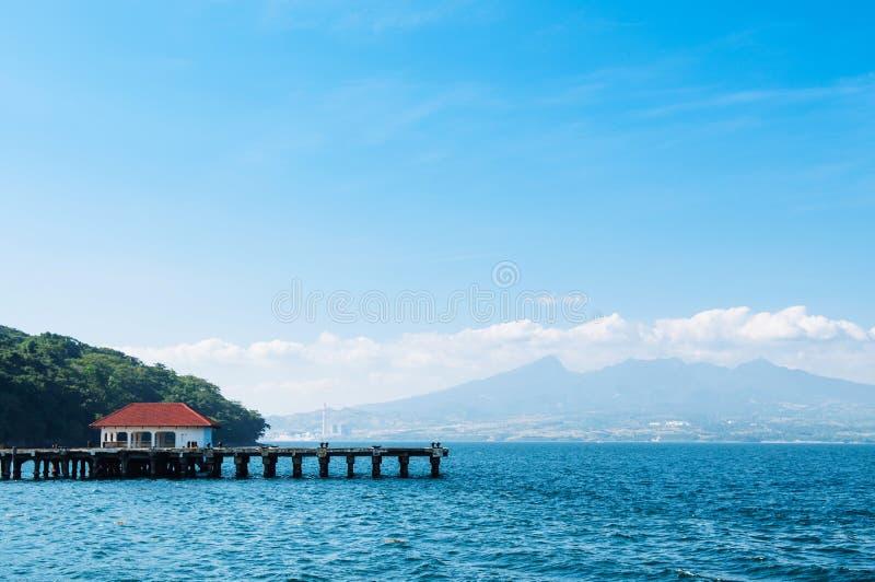 Montagem bonita Mariveles da ilha de Corregidor, Manila, Philip fotos de stock royalty free