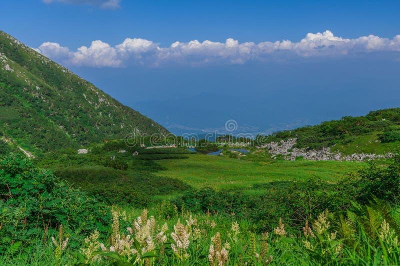 montagem Kiso-Komagatake, cumes centrais, Nakano, Japão imagem de stock
