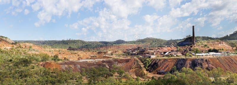 Montagem Morgan Mine em Austrália rural fotos de stock royalty free