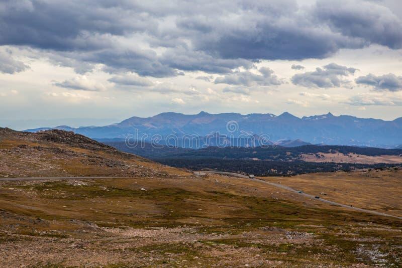 Montagna alla strada principale di Beartooth nel Montana immagini stock libere da diritti