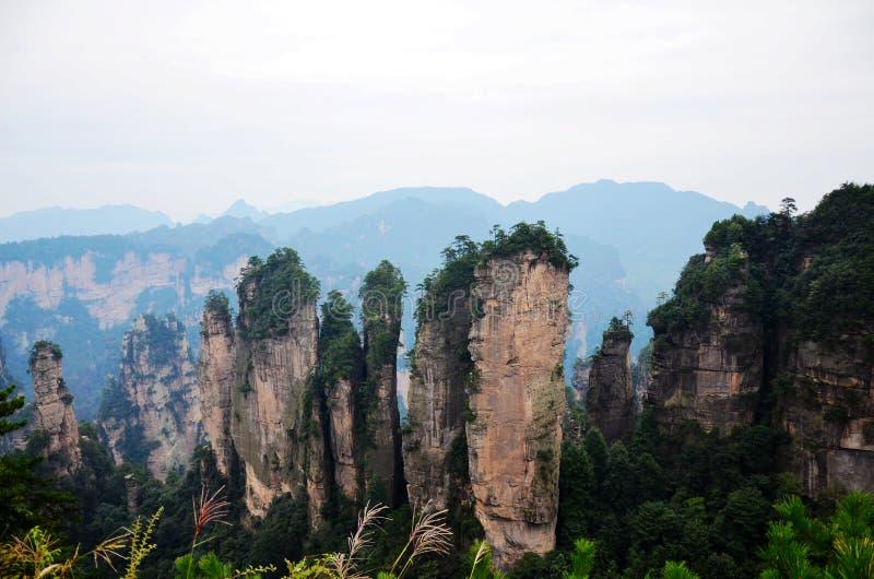 Montagna, cinque picchi delle barrette fotografie stock libere da diritti
