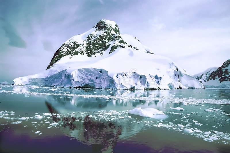 Montagna del ghiaccio fotografia stock