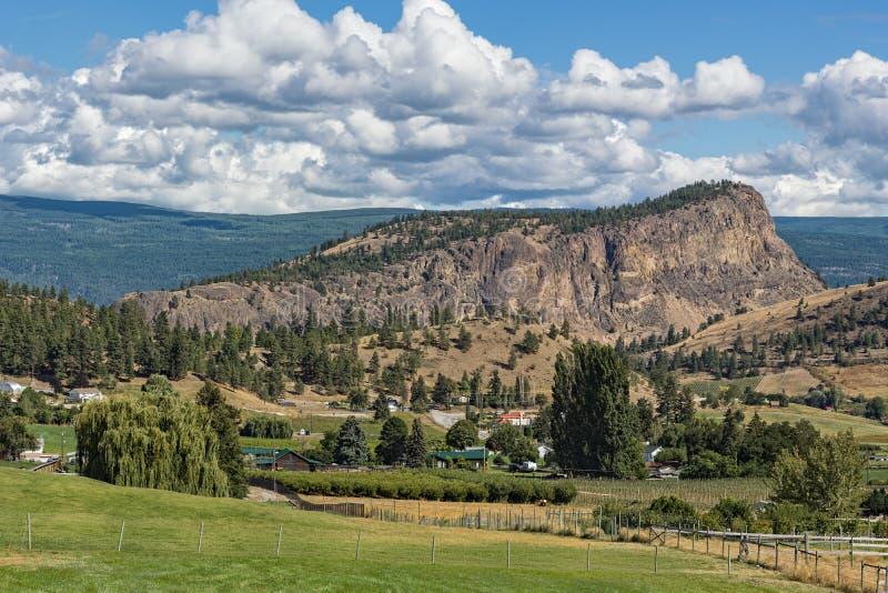 Montagna della testa di Giants vicino alla Columbia Britannica Canada di Summerland immagine stock