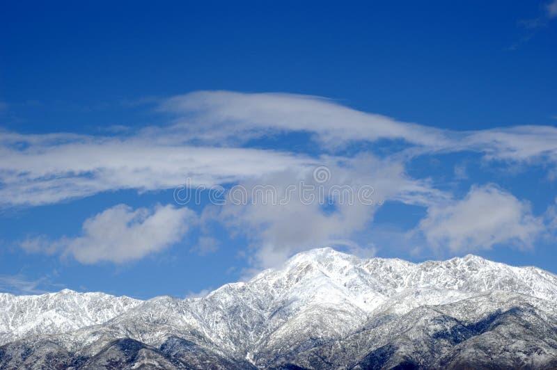 Montagna dello Snowy immagini stock