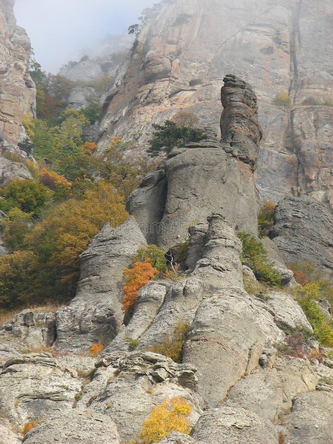 Montagna Demerdji - valle del fantasma - Alushta, Russia immagine stock libera da diritti