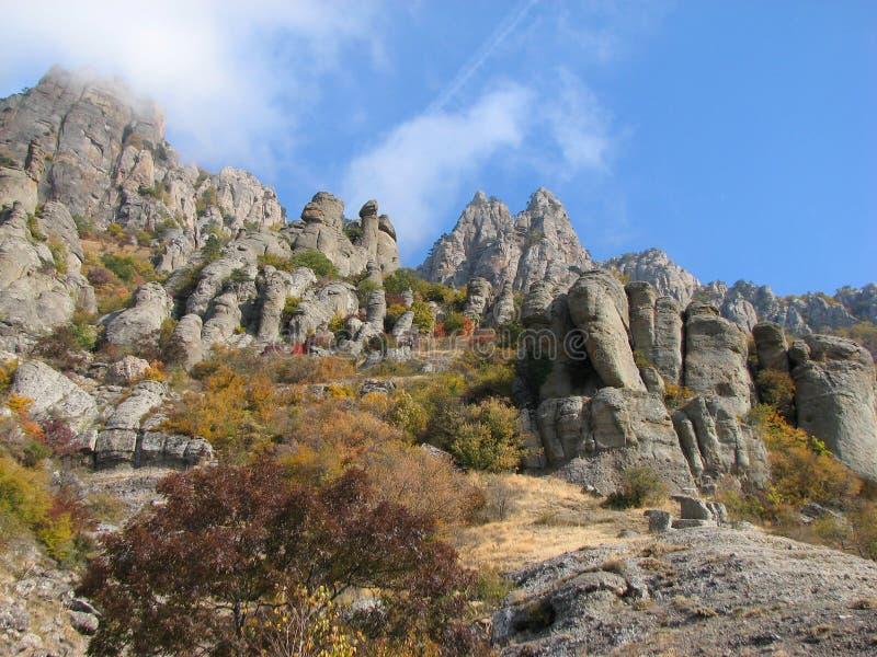 Montagna Demerdji - valle del fantasma - Alushta, Russia fotografie stock libere da diritti