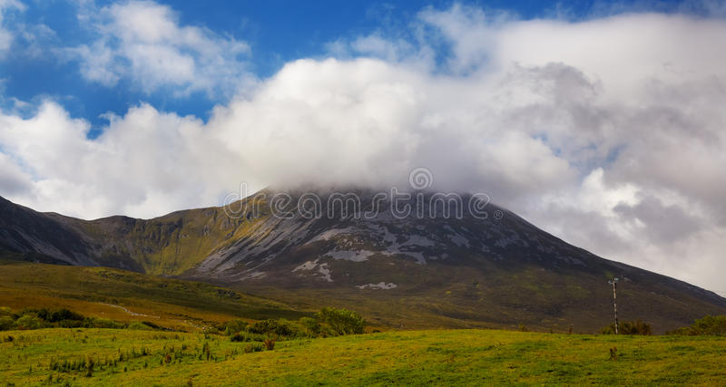 Montagna di Croagh Patrick fotografia stock libera da diritti