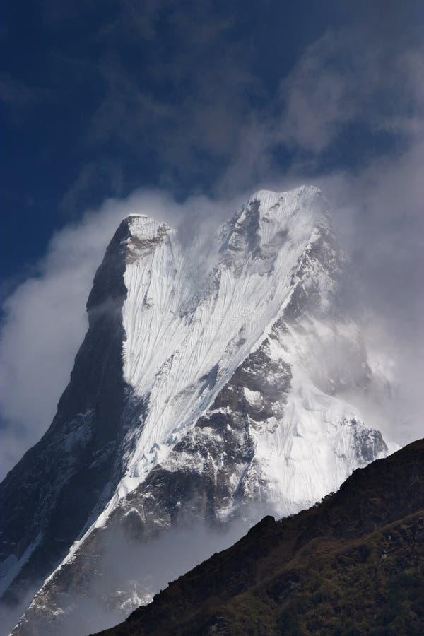 Montagna di Machhapuchhre nel Nepal fotografia stock