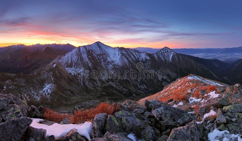 Montagna di Tatra al tramonto fotografia stock