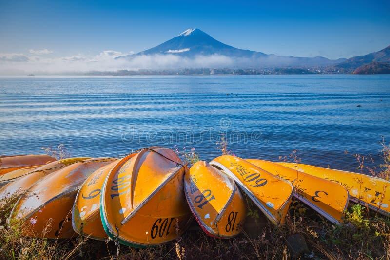 Montagna Fuji e lago Kawaguchiko fotografie stock libere da diritti