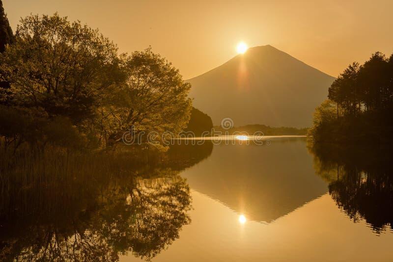 Montagna Fuji nel tempo di alba fotografia stock libera da diritti
