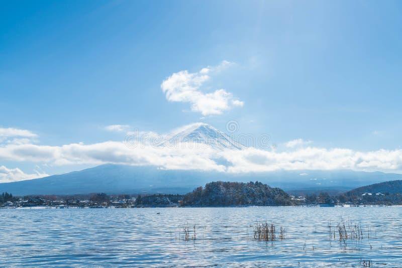 Montagna Fuji San nel lago Kawaguchiko immagine stock libera da diritti