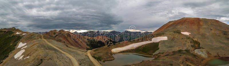 Montagna rossa nessun'del passaggio di Gulch della cavaturaccioli antenna di 1 Colorado fotografia stock