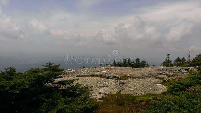 Montagna verde fotografia stock libera da diritti