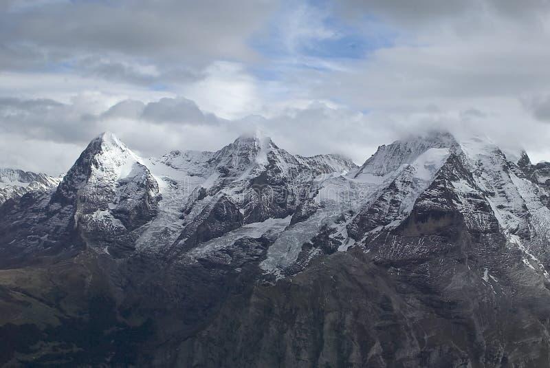 Montagne alpine fotografie stock libere da diritti