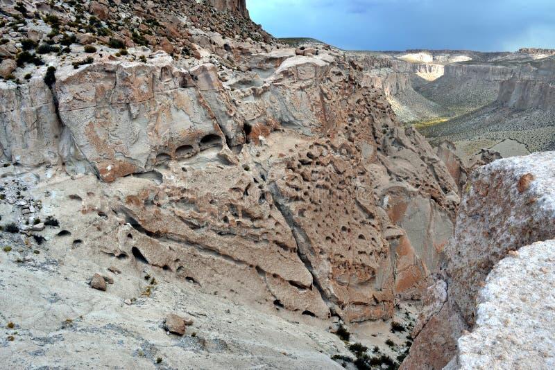 Montagne avec des textures incroyables photos stock