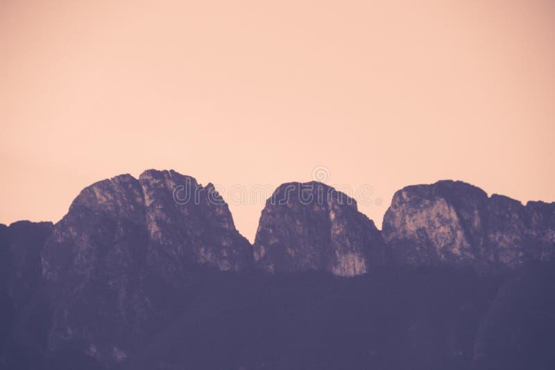 Montagne célèbre en San Pedro Garza Garcia Mexico images libres de droits