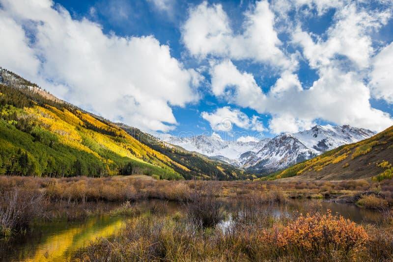 Montagne colorée du Colorado dans la chute photo libre de droits