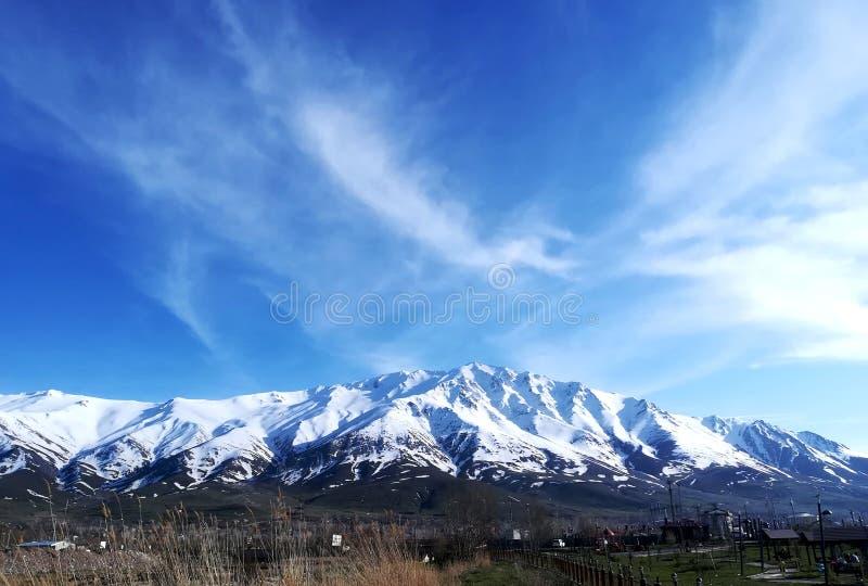 Montagne d'Artos dans GevaÅŸ Van-Turquie photos libres de droits