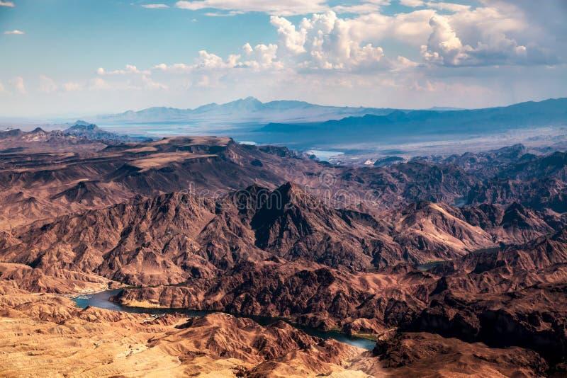 Montagne d'avvicinamento della tempesta vicino a Las Vegas fotografie stock