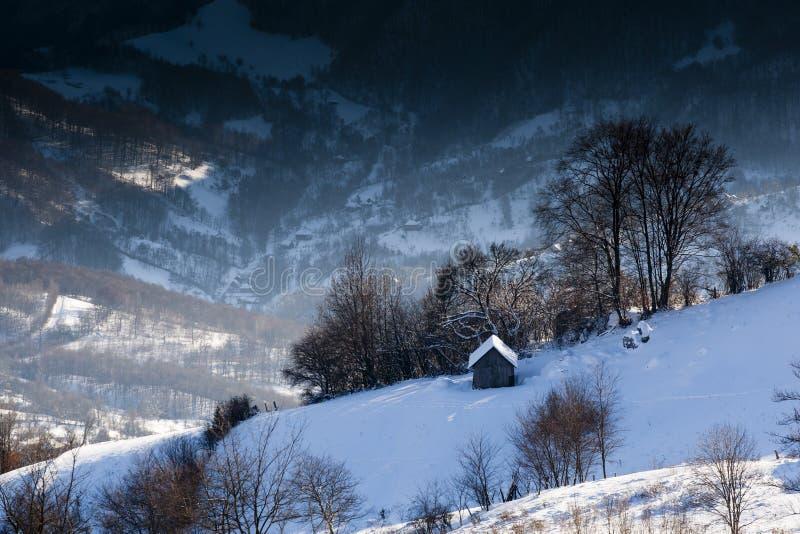 Montagne d'hiver photos libres de droits