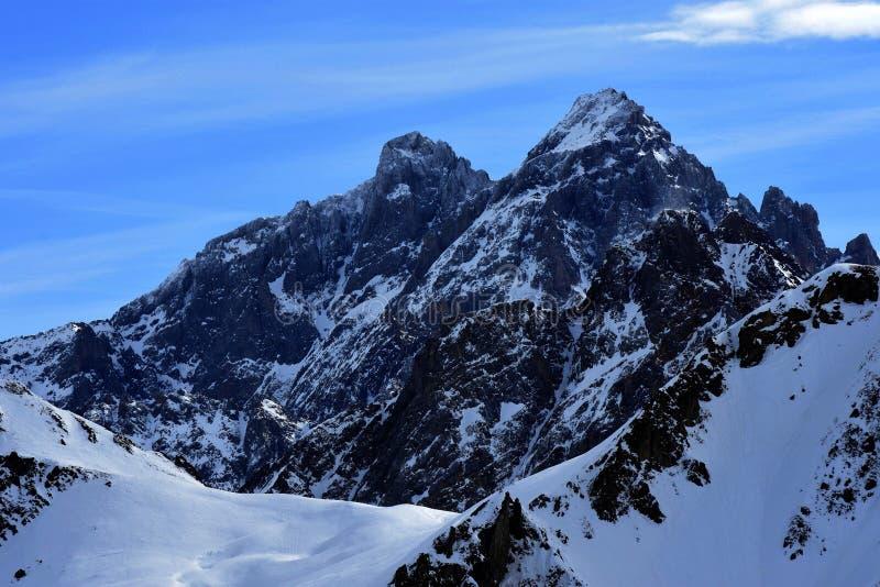 Montagne dans les alpes françaises image libre de droits