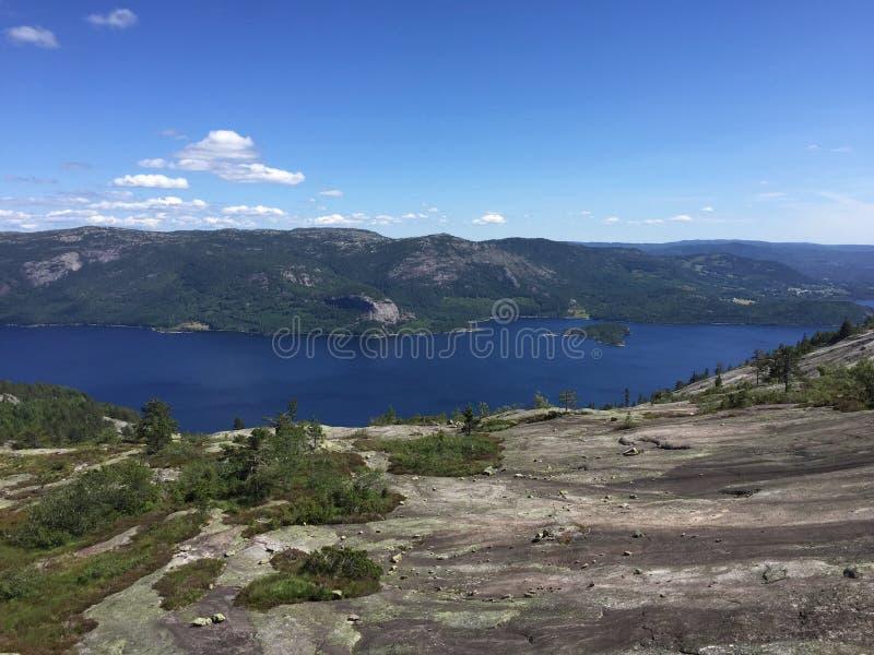 Montagne dans Nissedal sur la Côte Est de la Norvège images stock